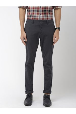 Indian Terrain Men Charcoal Grey Urban Comfort Fit Solid Chinos