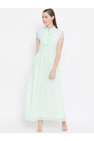 Belle Women Sea Green Solid Maxi Dress