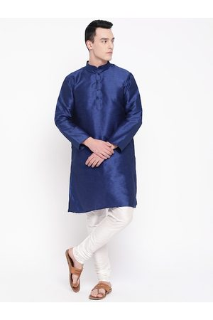 Mag Men Navy Blue & White Solid Kurta with Churidar