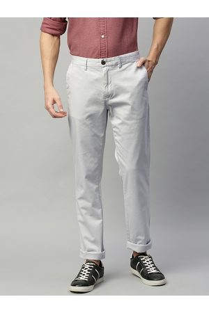 Tommy Hilfiger Men Grey Regular Fit Solid Chinos