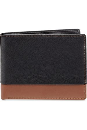 amicraft Men Black Solid Leather Two Fold Wallet