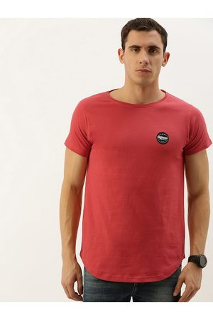 Difference of Opinion Men Red Solid Round Neck T-shirt