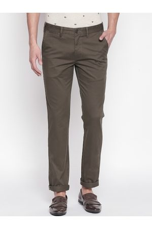 Pantaloons Men Olive Brown Slim Fit Solid Regular Trousers