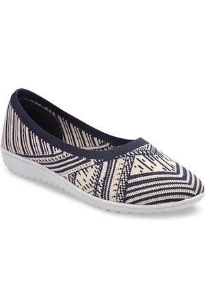 meriggiare Women Blue & Cream-Coloured Woven Design Mesh Ballerinas