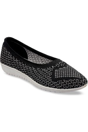 meriggiare Women Black Woven Design Mesh Ballerinas