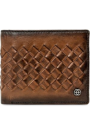 Eske Men Brown Textured Leather Two Fold Wallet