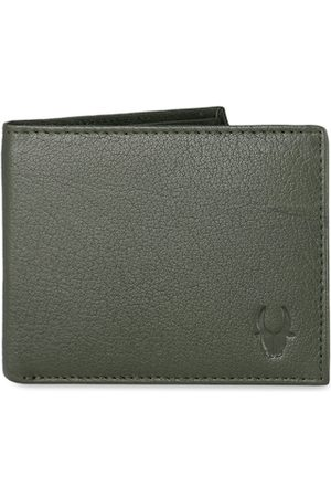 WildHorn Men Green RFID Protected Genuine Leather Hand-Stitched Solid Two Fold Wallet