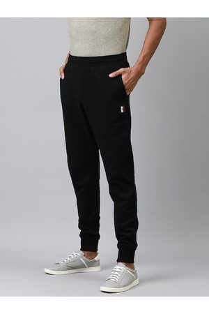 Tommy Hilfiger Men Black Straight Fit Solid Joggers