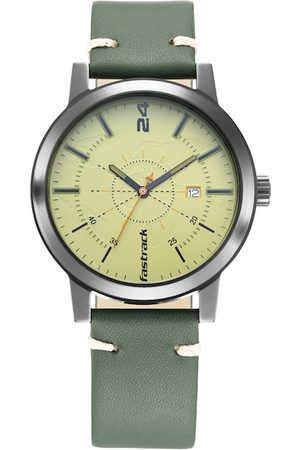 Fastrack Men Green Analogue Watch 3245NL01
