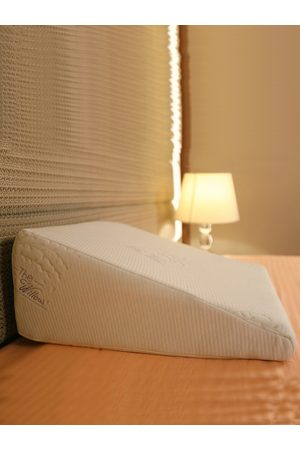 The White Willow White Cooling Gel Infused Memory Foam Bed Wedge Pillow