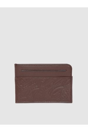 Levi's Men Brown Textured Leather Card Holder