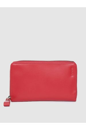 Levi's Men Red Solid Leather Passport Holder