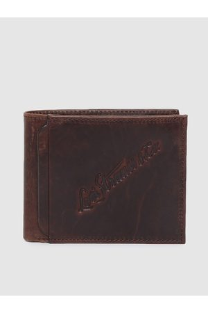 Levi's Men Brown Textured Genuine Leather Two Fold Wallet