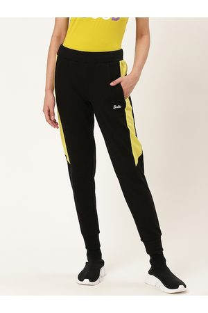 Barbie Women Black & Green Solid Cropped Joggers