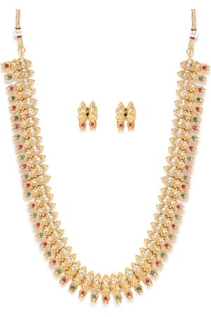 Zaveri Pearls Green & Maroon Antique Gold-Plated Stone-Studded Jewellery set