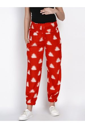 Mine4Nine Women Red & White Relaxed Regular Fit Printed Maternity Joggers