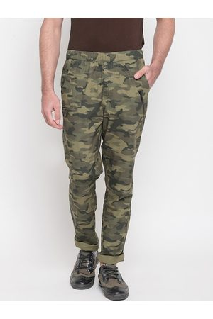 SAPPER Men Olive Green Straight Fit Camouflage Printed Joggers