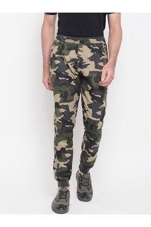 SAPPER Men Green & Beige Slim Fit Printed Joggers