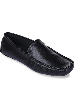 Liberty Men Black Solid Loafers