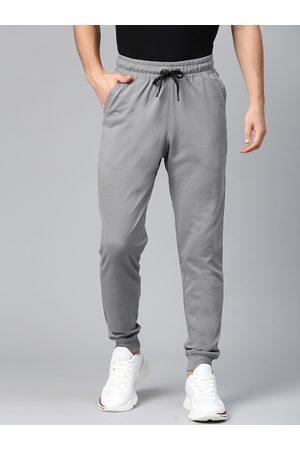 MANQ Men Grey Solid Slim Fit Joggers
