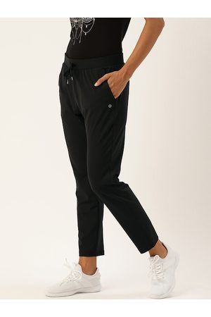 ENAMORA Women Black Solid Track Pants
