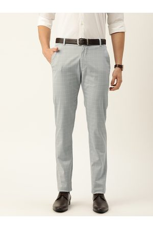 HANCOCK Men Grey & White Slim Fit Checked Formal Trousers