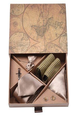 Blacksmith Men Rose Gold-Coloured & Black Accessory Gift Set
