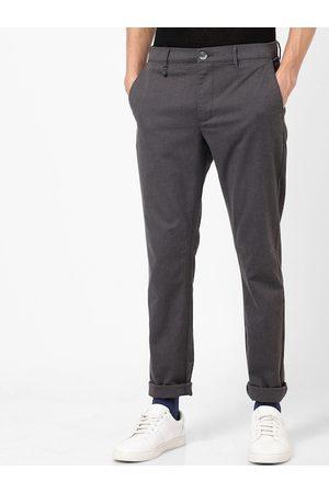 Celio Men Grey Slim Fit Solid Regular Trousers