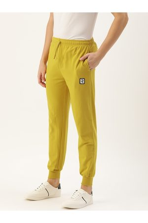 Rodzen Men Yellow Solid Straight Fit Casual Joggers With Applique Detailing