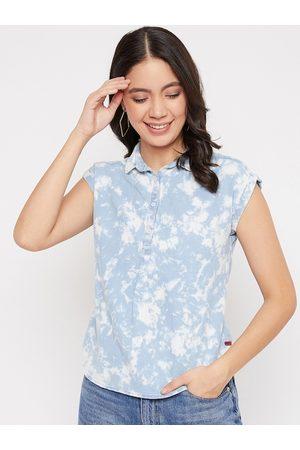 Crimsoune Club Women Blue & White Printed Shirt Style Top