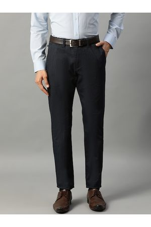 Matinique Men Chinos - Men Navy Blue Slim Fit Solid Chinos