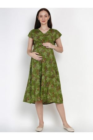 Mine4Nine Women Green Printed Fit and Flare Maternity Dress