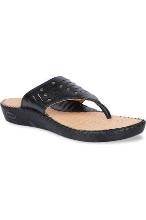 Scholl Women Black Textured Leather Flats