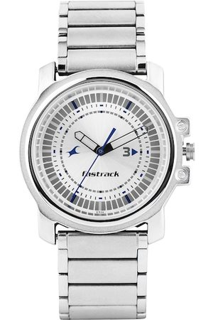 Fastrack Men Silver-Toned Dial Watch 3039SM03