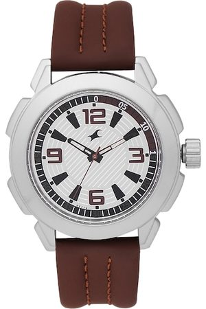 Fastrack Men Silver-Toned Analogue Watch NK3130SL01_BBD