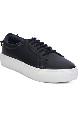 meriggiare Women Black Sneakers