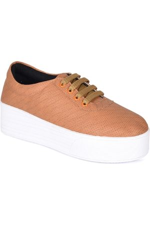 meriggiare Women Tan Sneakers