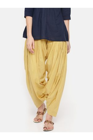 De Moza Women Yellow Solid Patiala