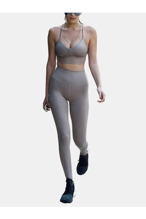 YOINS Active Cut Out Quick Drying Criss-cross Design Elastic Tracksuit in