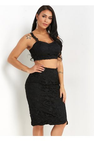 YOINS Spaghetti Crop Top & Slit Skirt Lace Co-ord