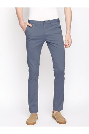 Basics Men Blue Tapered Fit Solid Chinos