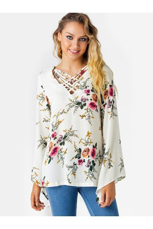 YOINS Crossed Front Design Floral Print V-neck Bell Sleeves Top