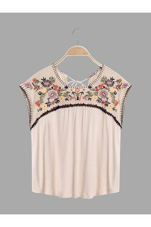 YOINS Embroidery Pattern Round Neck Top