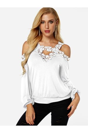 YOINS Cold Shoulder Long Sleeves Lace Insert Tee