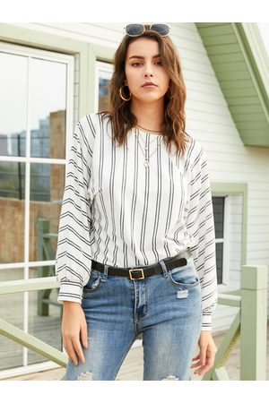 YOINS White Striped Round Neck Long Sleeves Tee