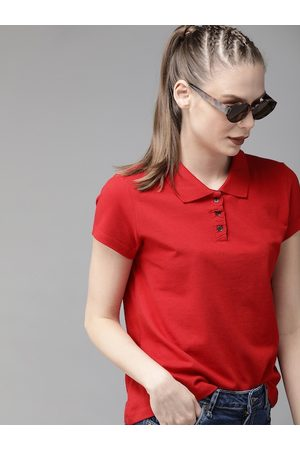 Roadster Women Red Solid Polo Collar T-shirt