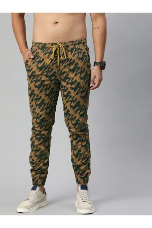 Roadster Men Khaki & Green Regular Fit Camouflage Printed Joggers