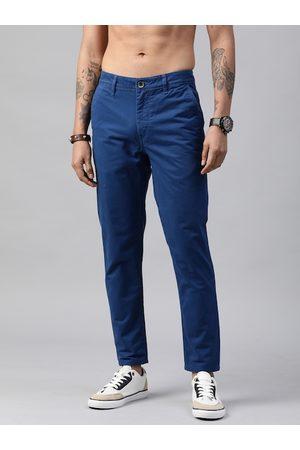 Roadster Men Blue Regular Fit Solid Chinos