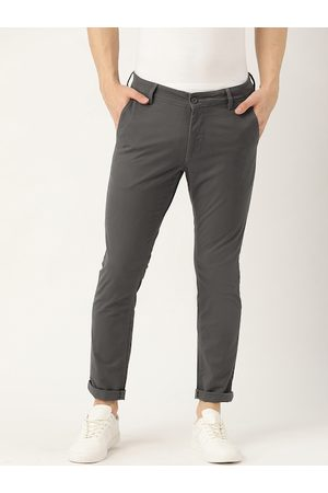 Ether Men Grey Slim Fit Solid Chinos