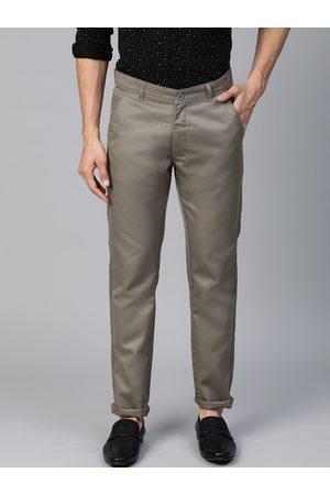 DENNISON Men Grey Smart Tapered Fit Solid Cropped Chinos